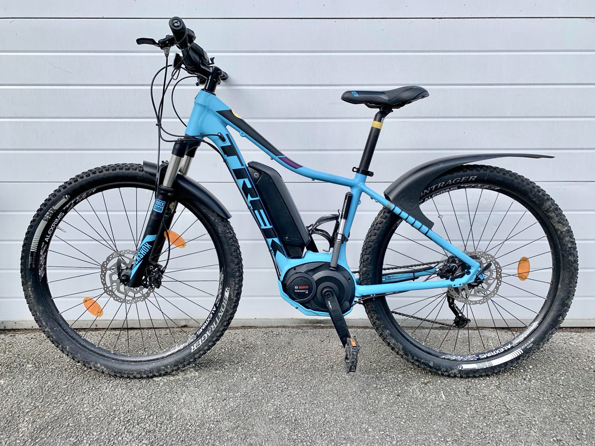 9c66606b056 Trek Powerfly 5 - 15' E-Bike (Small) - Lake District Bikes