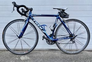 Trek 50 small road bike for hire